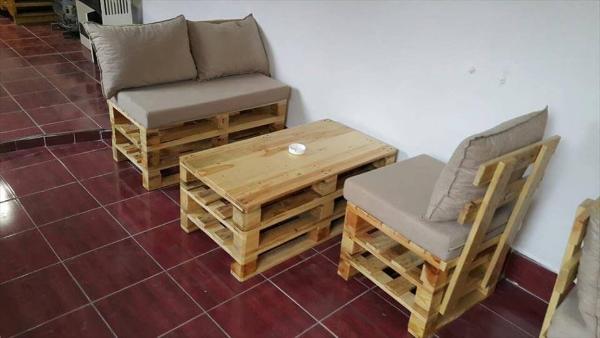 wooden pallet sitting set