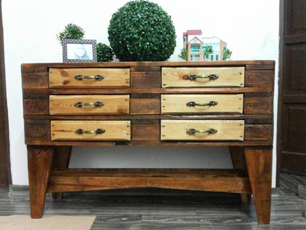 Exceptionnel Cabinet Made Of Pallets