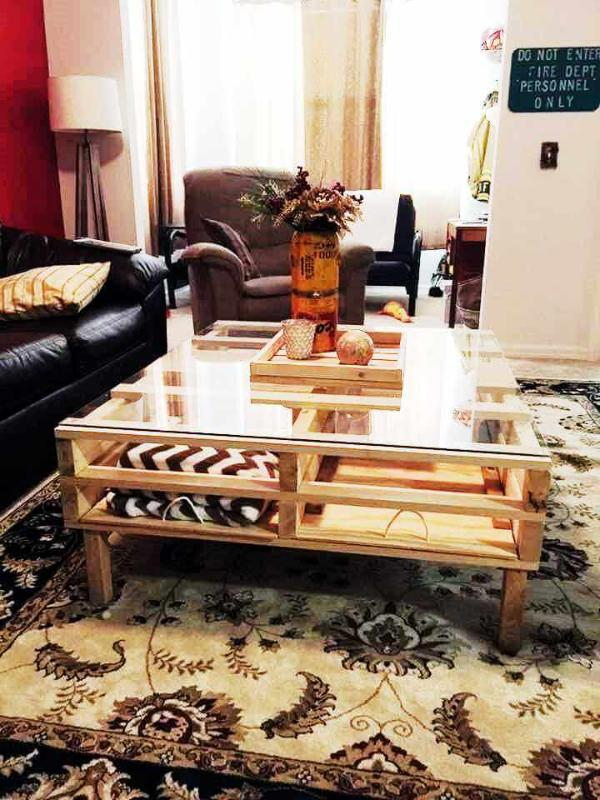 handcrafted pallet coffee table design with glass top
