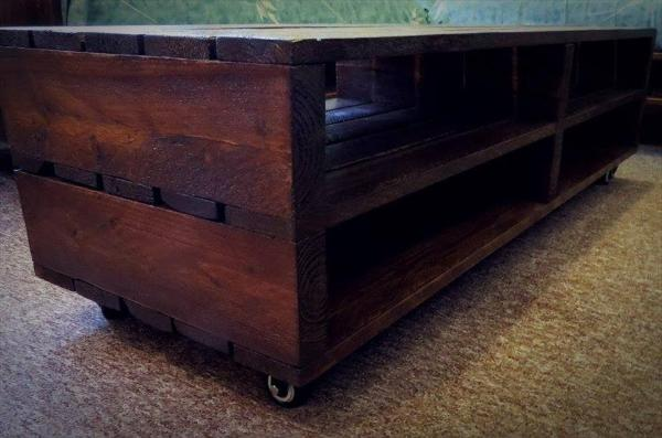 pallet coffee table with shelves