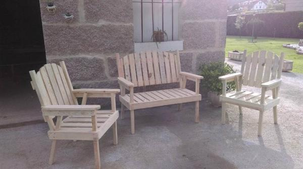 diy pallet Adirondack chair set