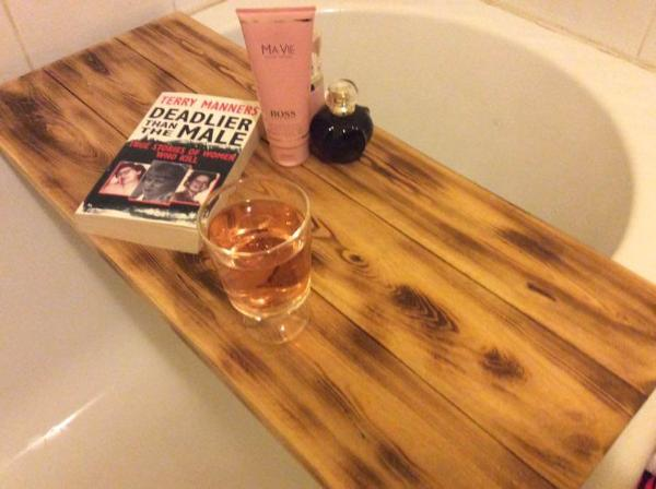 Wooden Pallet Bath Tub Tray – 101 Pallets