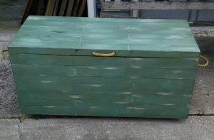 rustic pallet chest for storage