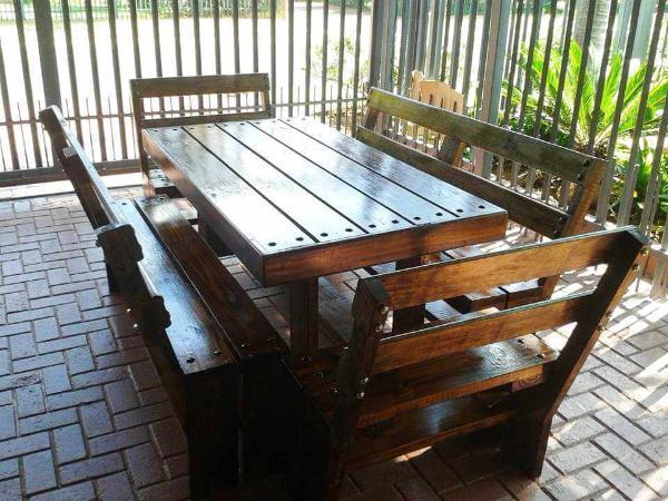 diy pallet patio dining set