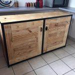 low-cost pallet kitchen cabinet or sideboard