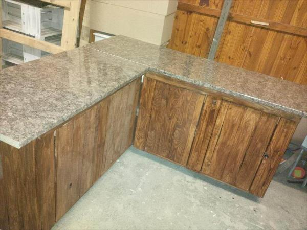 Pallet Kitchen Counters With Storage Cabinets 101 Pallets