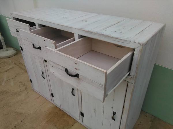 diy pallet storage unit
