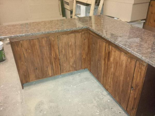 wooden pallet kitchen counter