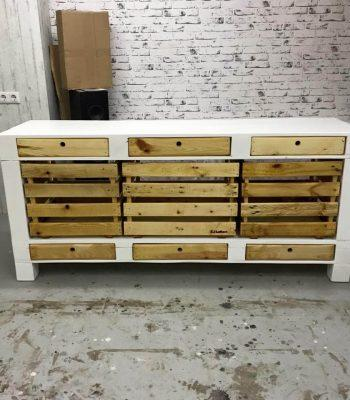 accent pallet media cabinet