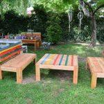Repurposed pallet outdoor furniture set
