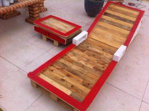 handmade pallet chaise lounge with armrests