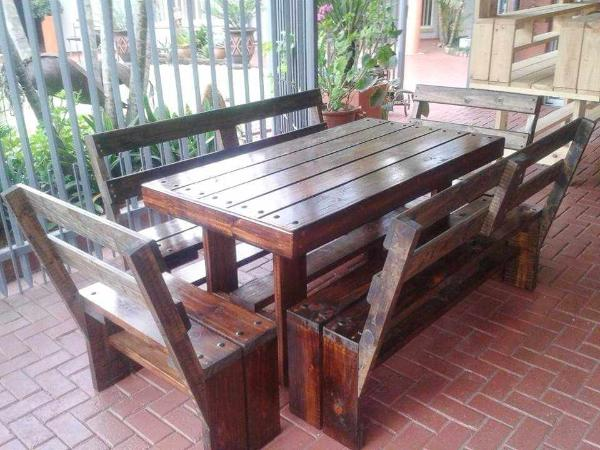 wooden pallet patio dining set