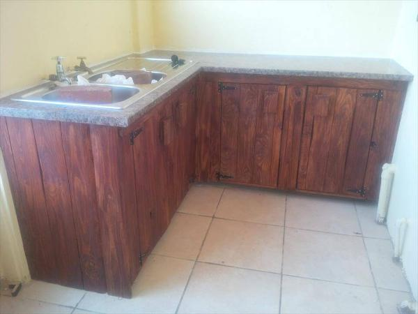 rustic pallet kitchen counter