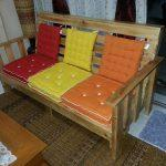 wooden pallet bench with cushion