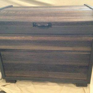 diy pallet blanket chest or keepsake box