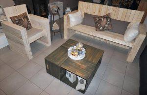 Bistro Style Pallet Seating Furniture