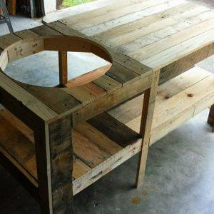 low-cost wooden pallet grill table