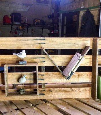 Wooden pallet love shelf