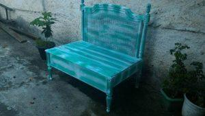 DIY Pallet Crown Chair