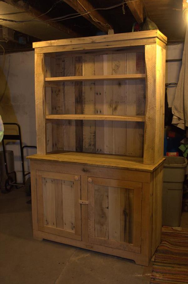 Recycled Pallet Kitchen Hutch