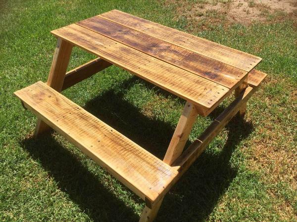 DIY Pallet Picnic Table For Kids Pallets - How to stain a picnic table