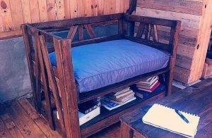 DIY Pallet Chair and Table with Storage