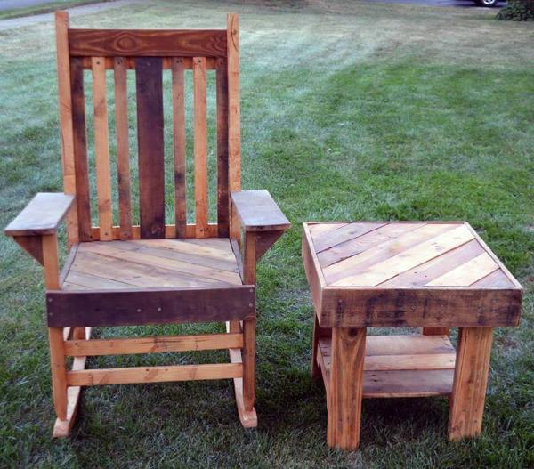 cool pallet chair and table set