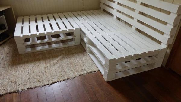 Wooden pallet corner sofa