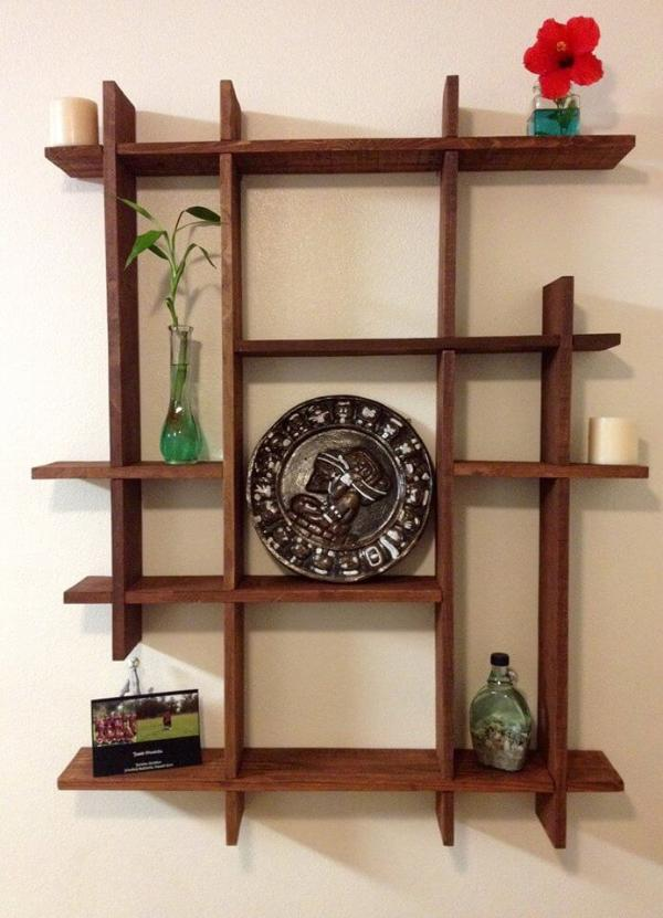 Re-purposed pallet decorative shelf