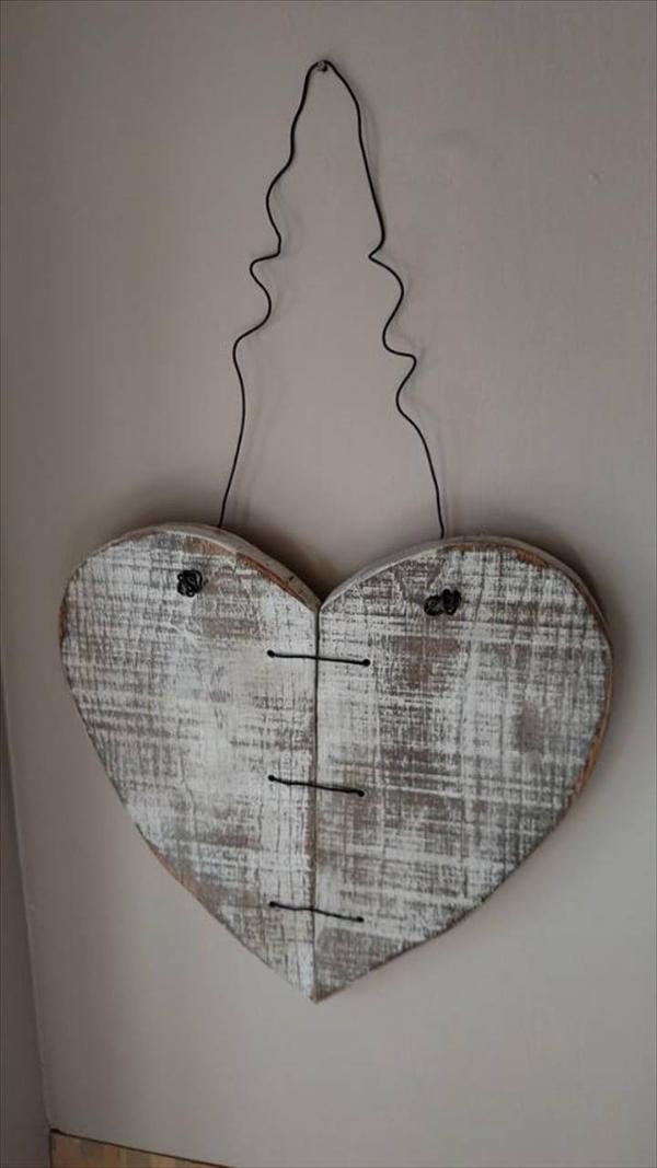 Gorgeous pallet heart