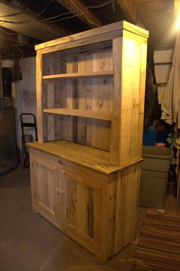 Kitchen Units Using Old Pallets