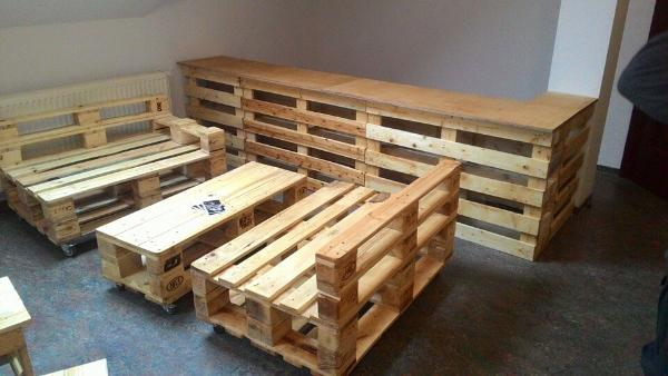 Diy Pallet Bar With Seating 101 Pallets