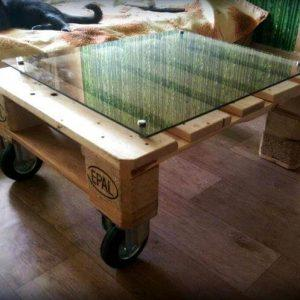 One min pallet coffee table with glass top