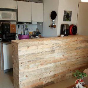 Recycled pallet bar