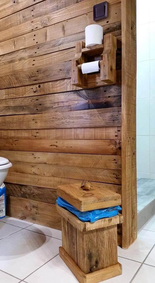Pallet Bathroom Trash Bin Diy 101 Pallets