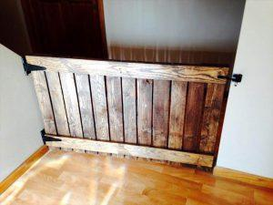 DIY Pallet Gate Ideas