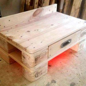 diy pallet bedside table