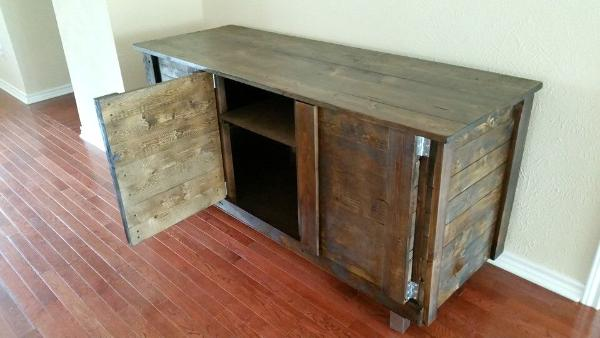 reclaimed wooden pallet indoor bar