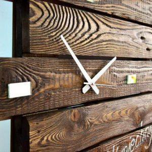handmade custom pallet wall clock