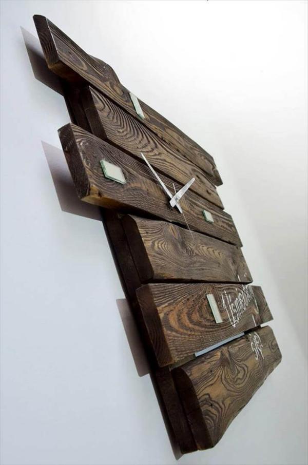 diy rustic pallet wall clock gift