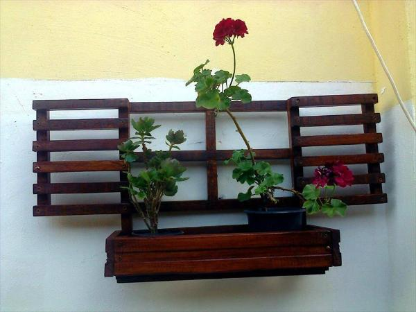 recycled pallet wall hanging window planter