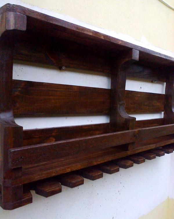 reclaimed wooden pallet beverage bottle shelf