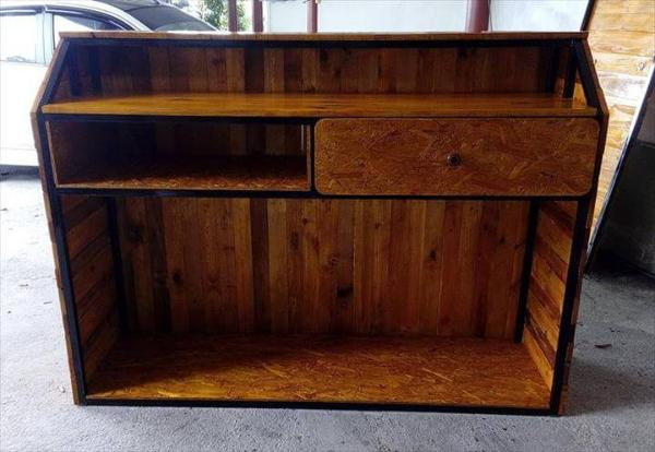 custom pallet shop counter
