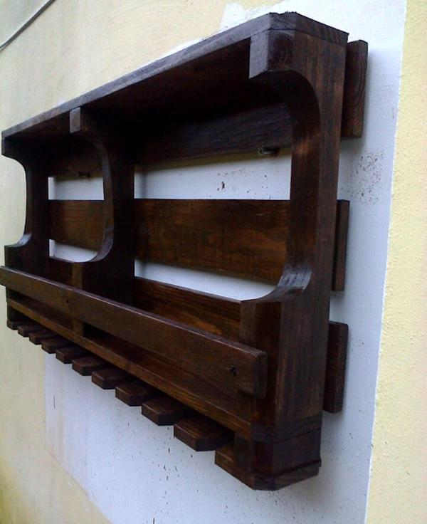 handmade wooden pallet beverage bottle rack
