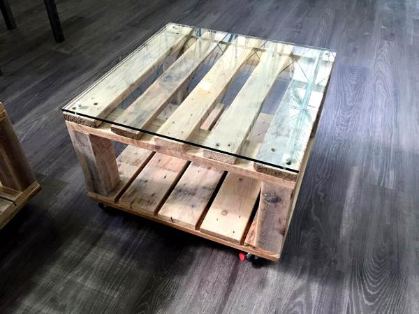 mini pallet coffee table with glass top and wheels