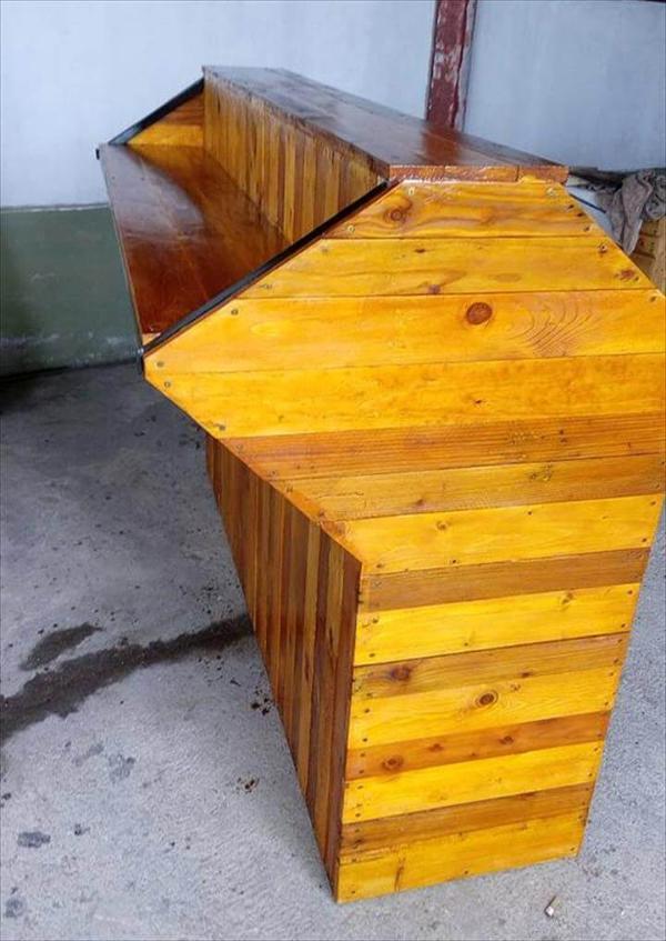 diy wooden pallet counter
