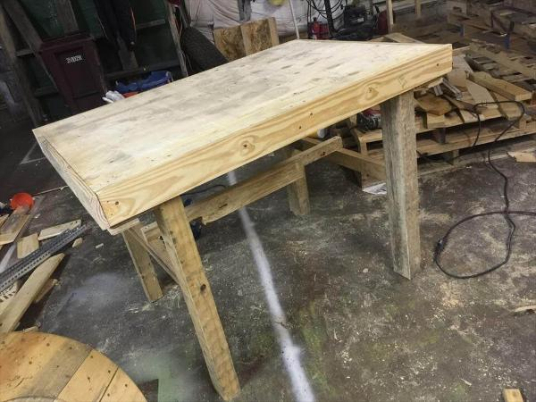 rustic wooden pallet laminated table