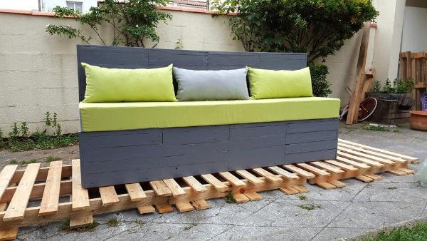 grey painted pallet outdoor seat