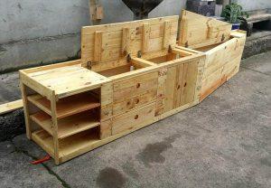 Pallet Mudroom Bench & Wall Organizer