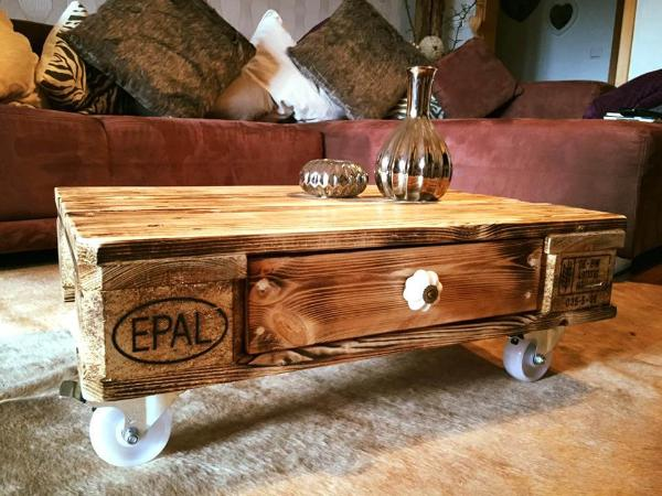 diy wooden pallet coffee table with one drawer and wheels